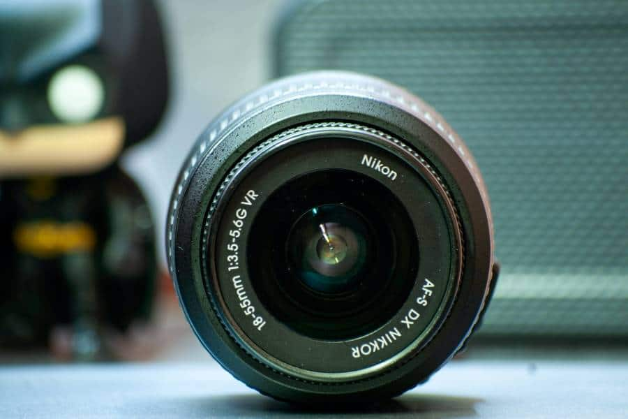 Selective focus of an 18-55mm lens